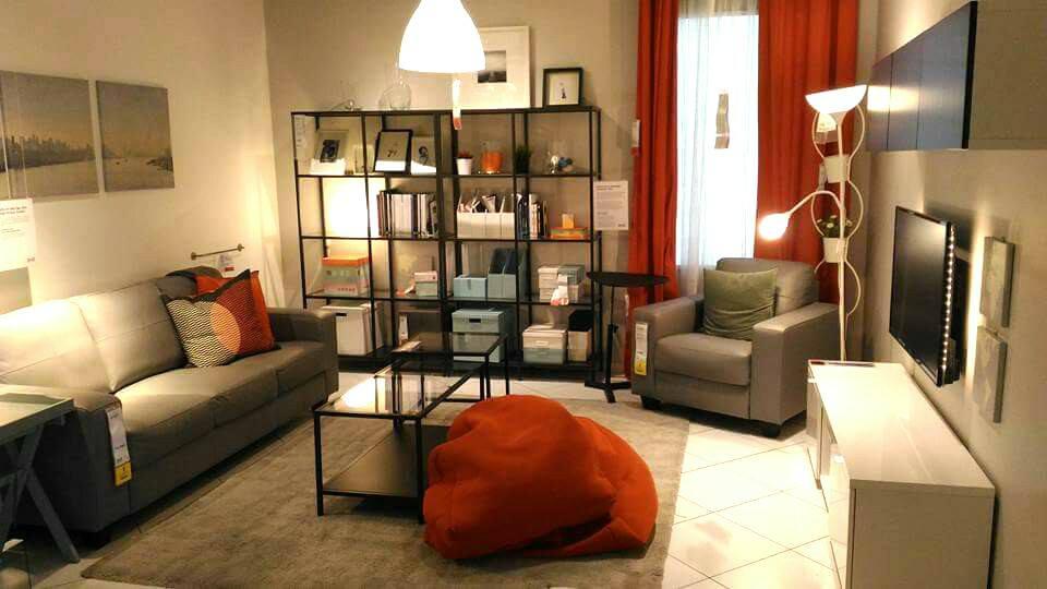 View In Gallery Dekorasi Ruang Tamu Moden Menggunakan Barang Ikea Sepenuhnya