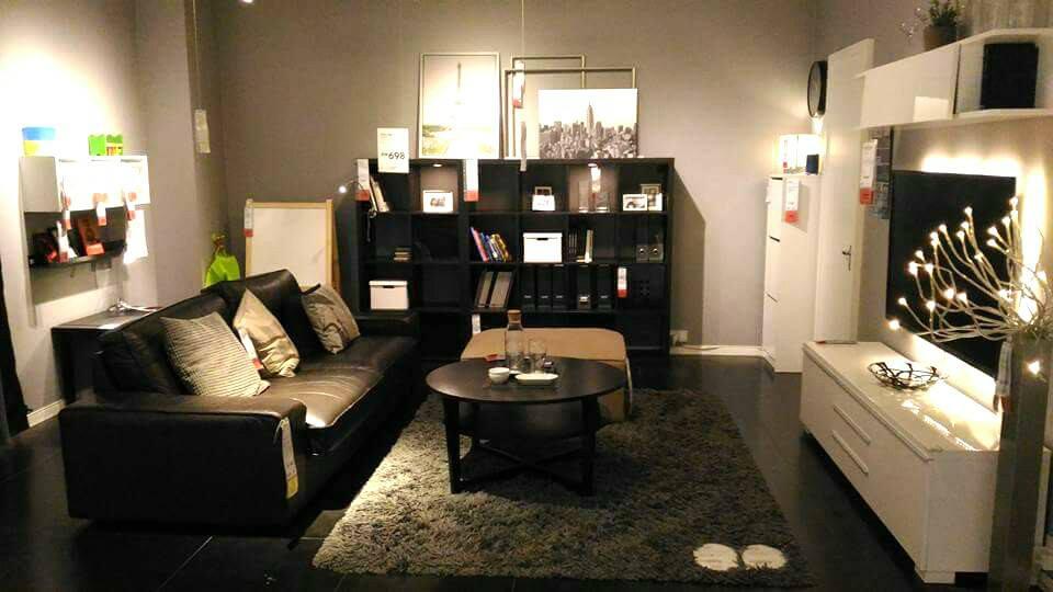 View In Gallery Hiasan Ruang Tamu Terkini Dengan Kabinet Tv Putih Dan Sofa Set Moden