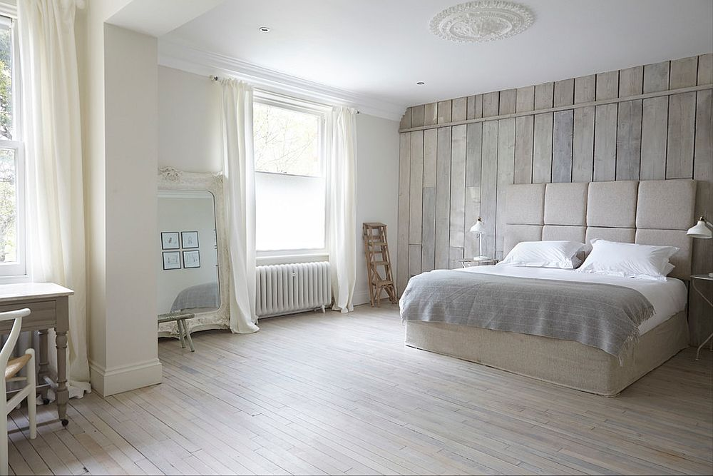 View In Gallery Bilik Tidur Dengan Kemasan Warna Putih Ini Cukup Menenangkan Pemasangan Dinding Kayu