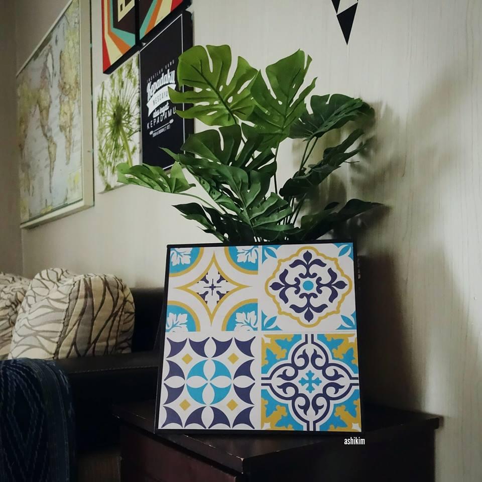 Diy Hiasan Dinding Menarik Menggunakan Tile Sticker
