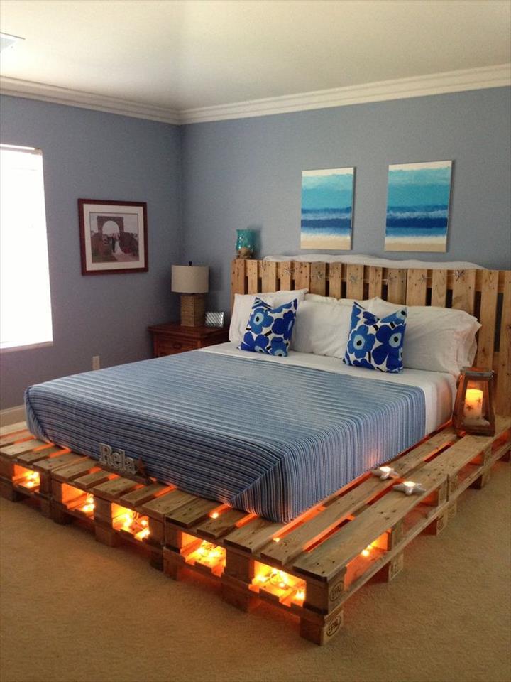 View In Gallery Diy Katil Pallet Dengan Lampu Sebagai Perabot Bilik Tidur