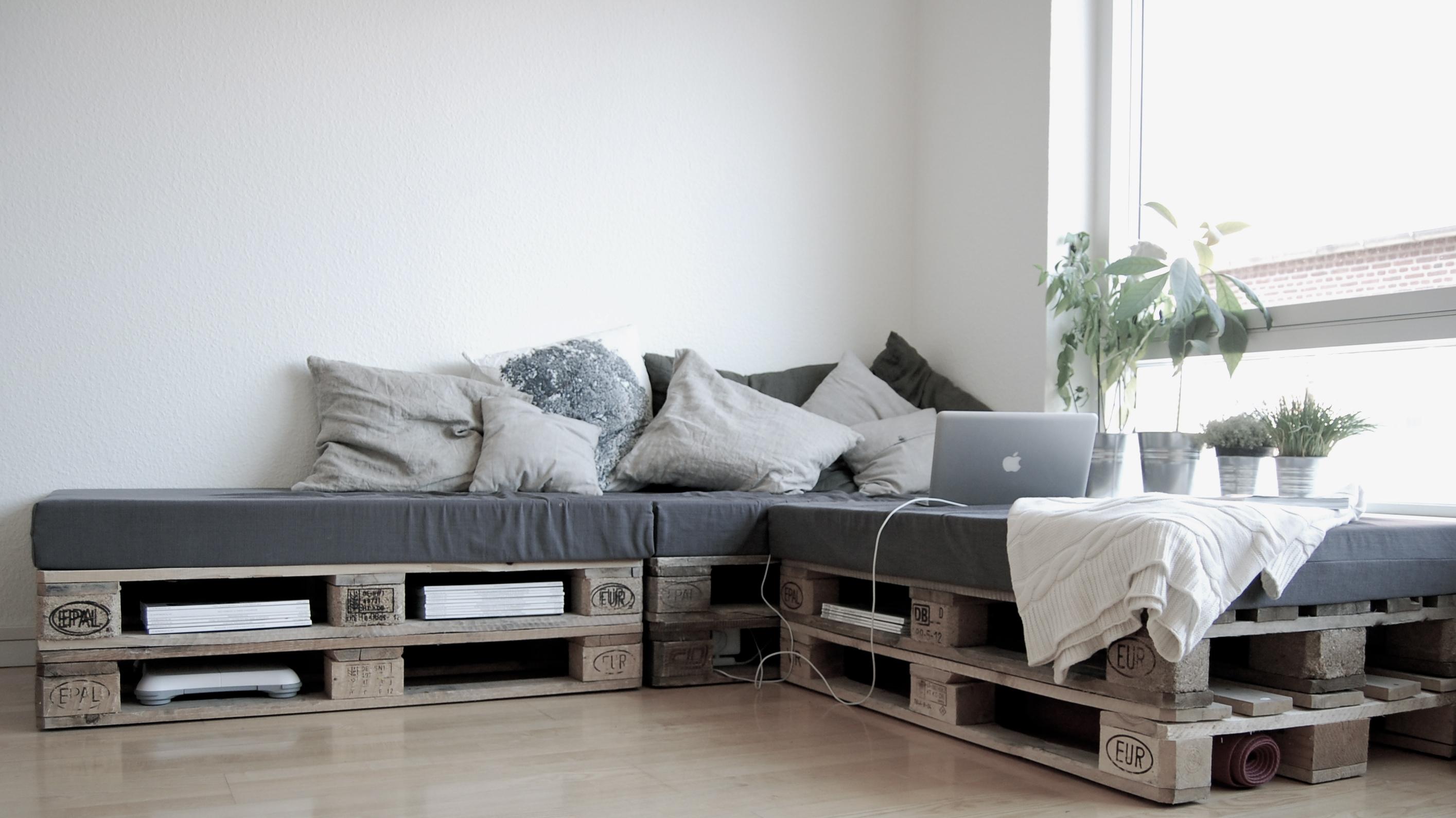 Diy pallet sofa dengan pallet euro untuk perabot bilik tidur