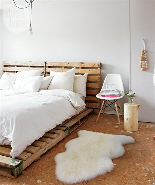 Warna Putih Dan Semulajadi Menjadikan Dekorasi Bilik Scandinavian Ini Sempurna View In Gallery Hiasan Tidur Menggunakan Perabot Pallet