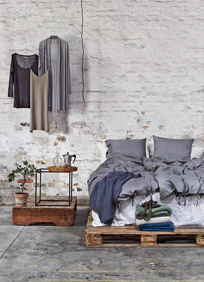 View In Gallery Hiasan Bilik Tidur Menggunakan Perabot Pallet
