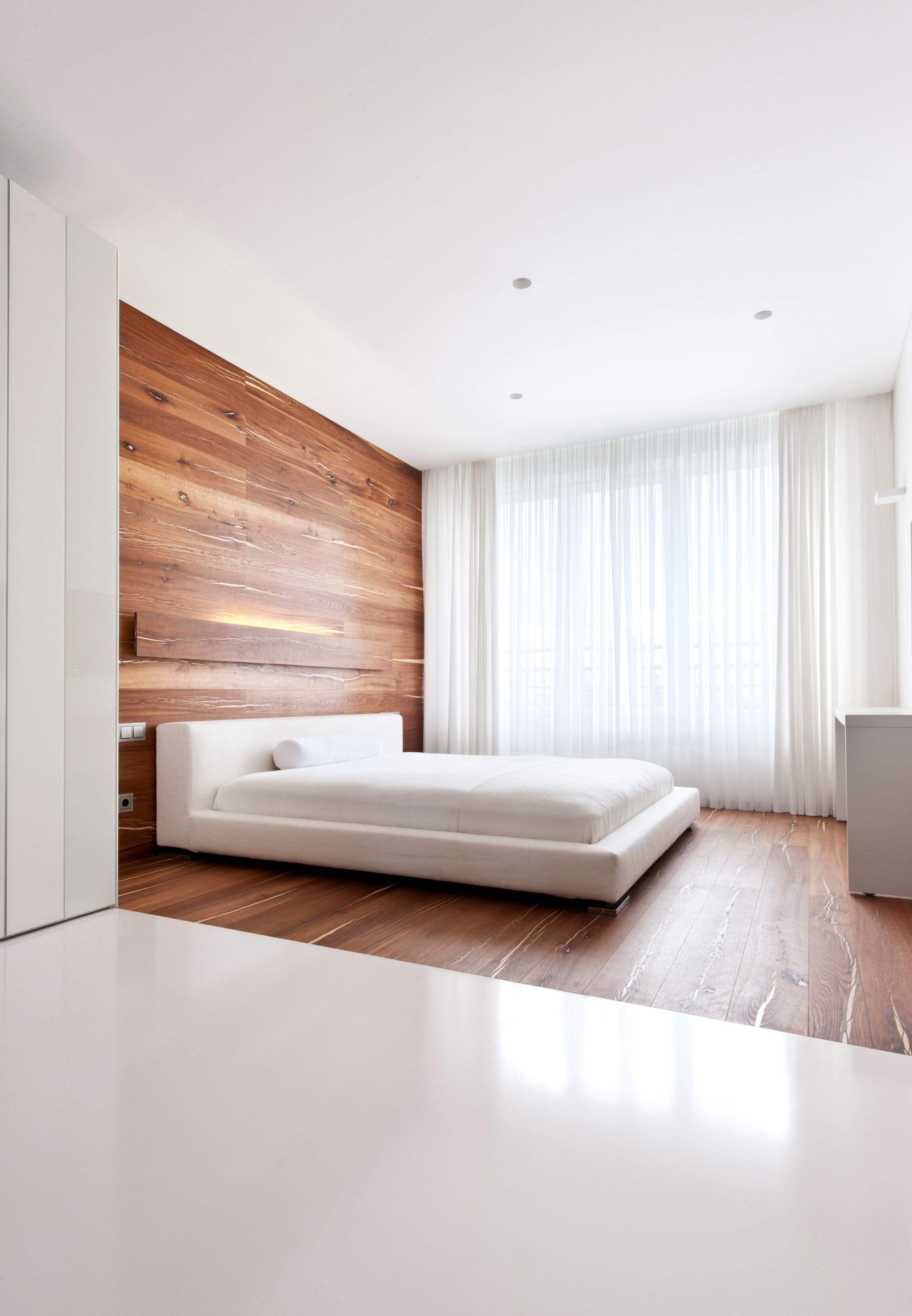View In Gallery Rekaan Bilik Tidur Minimalis Dengan Warna Putih Dan Kayu