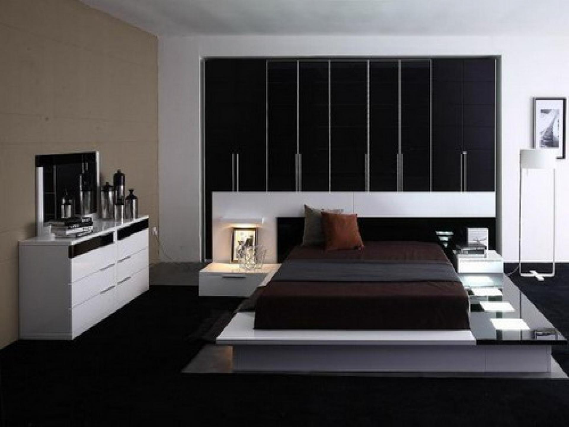 View In Gallery Design Bilik Tidur Konsep Moden Kontemporari Dengan Ed Wardrobe Dan Perabot R Putih