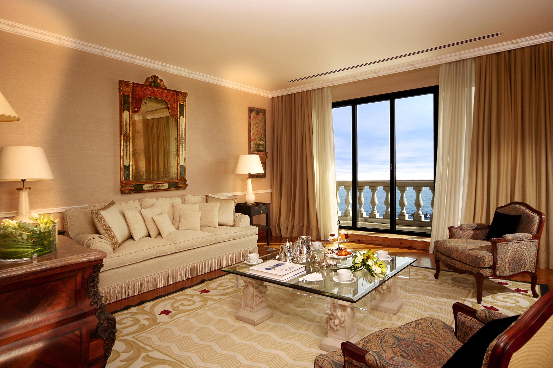 Langsir moden eksklusif untuk dekorasi ruang tamu gaya mewah