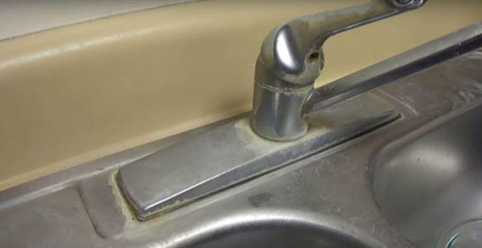 Cara mudah cuci sinki kotor menggunakan cuka
