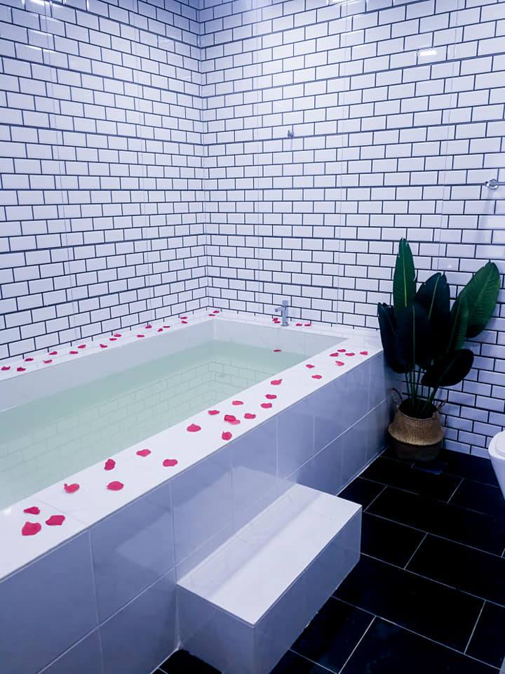kolam mandi