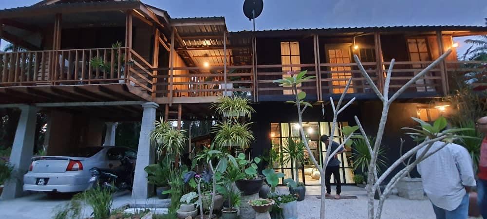deko rumah kampung (1)